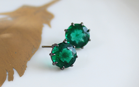 cool round green quartz earring쿨 라운드 에멜 쿼츠 귀걸이