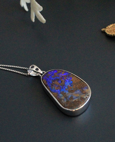 [Only one]boulder opal necklace #1볼더 오팔 목걸이